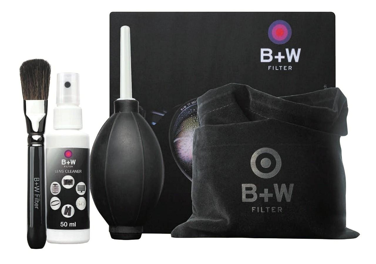 B+W Pflegeset 5-teilig (Tuch, Pinsel, Blasebalg, Pumpspray, Beutel)