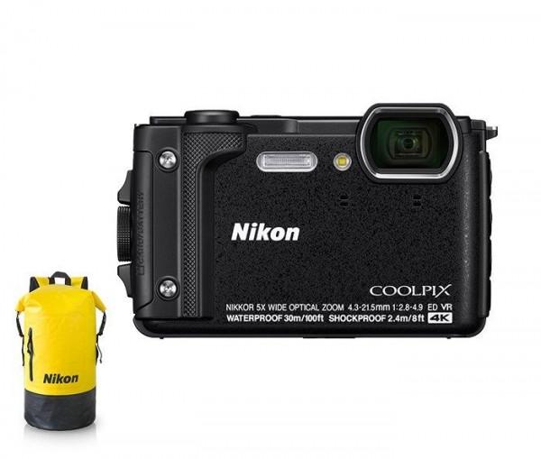 Nikon Coolpix W300 schwarz Holiday Kit Digital-Kom