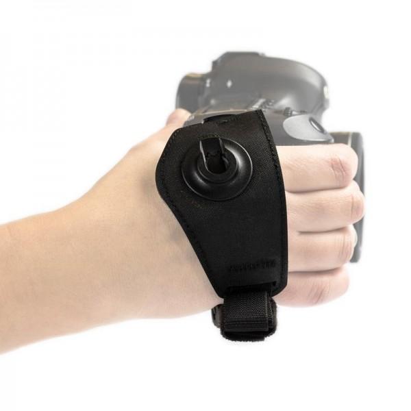 Grip Sling Handschlaufe mit Schnellverschluss und Magnethalterung für Objektivdeckel schwarz